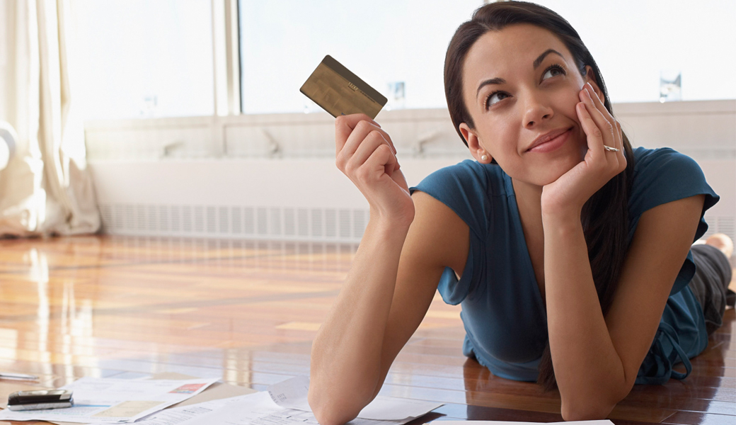 Financial-Independence-women-credit-card