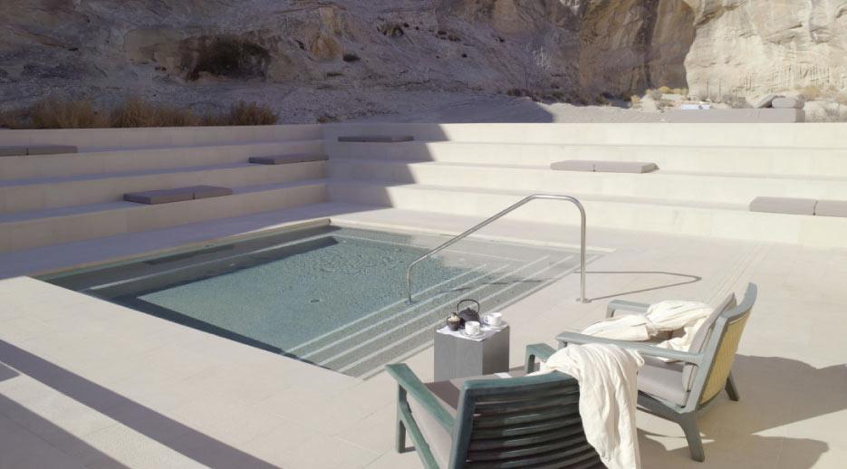 Pool-Desert