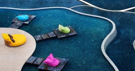 W-Retreat-and-Spa,-Seminyak-pool