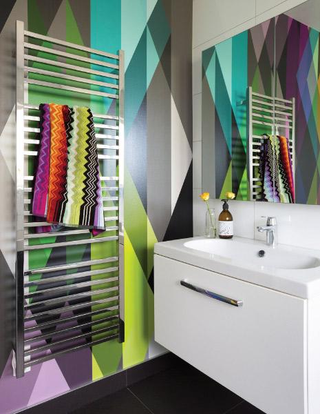Colour-Bathroom
