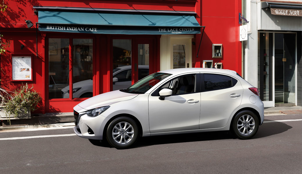 Mazda-white