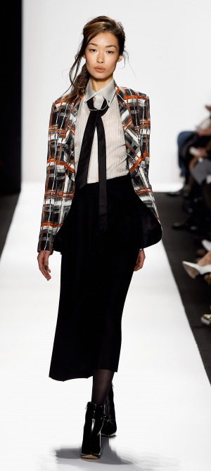 Carmen Marc Valvo Runway Mercedes Benz Fashion Week Fall 2015 M2now (3)
