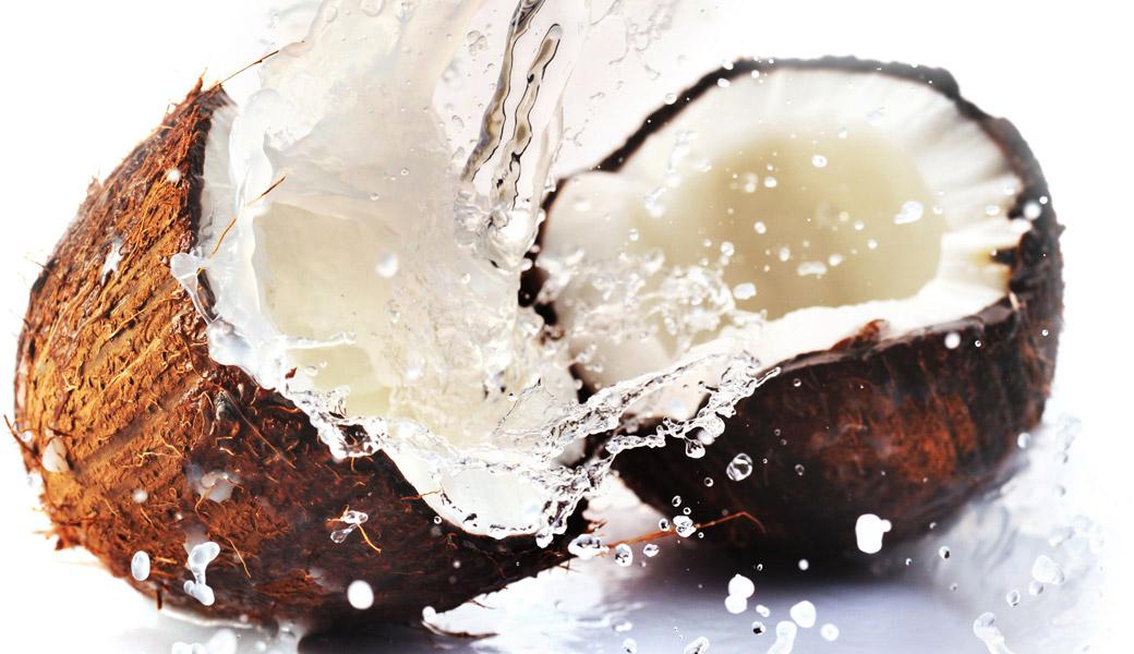Coconut-Water-Splashing-everywhere