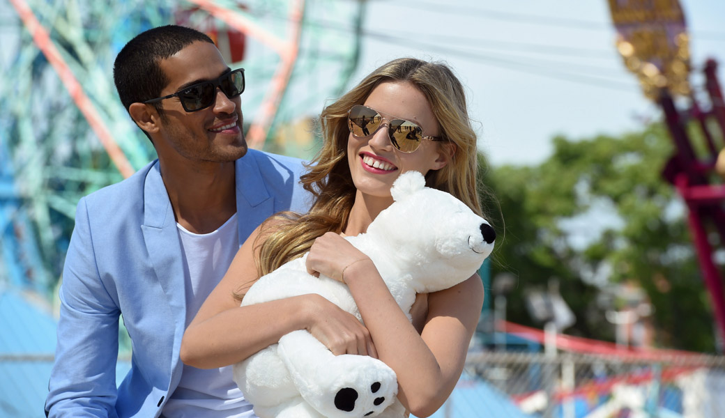 Georgia-May-Jagger-Beach-Red-Dress-Guy-Ray-Bans-Teddy-Bear