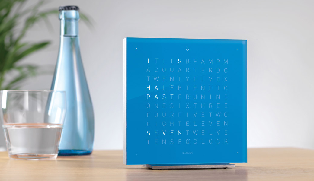 QLOCKTWO-Bedside-water-glass
