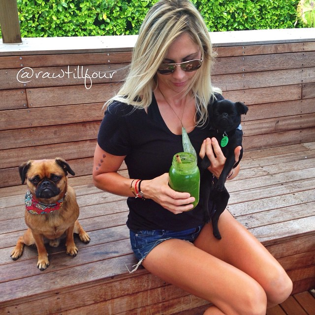 Raw Till Four Puppies green juice