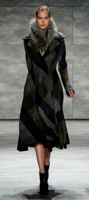 Son Jung Wan - Runway - Mercedes-Benz Fashion Week Fall 2015 (1)