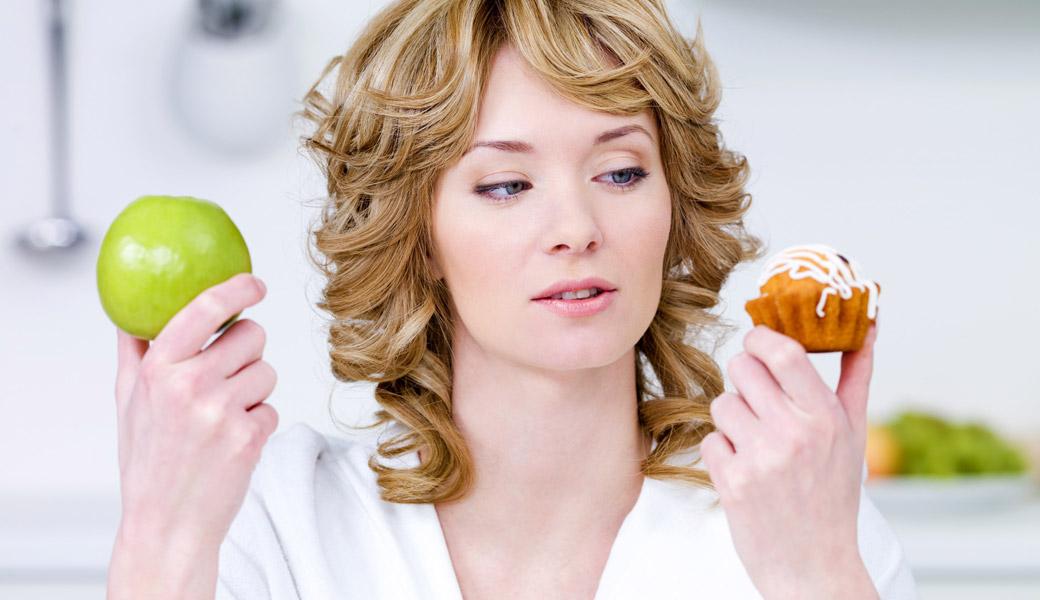 Woman Apple Cake selection process