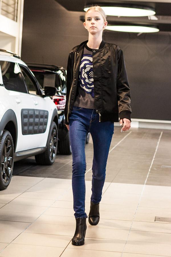 Hailwood-Fashion-Walk-jeans-flower