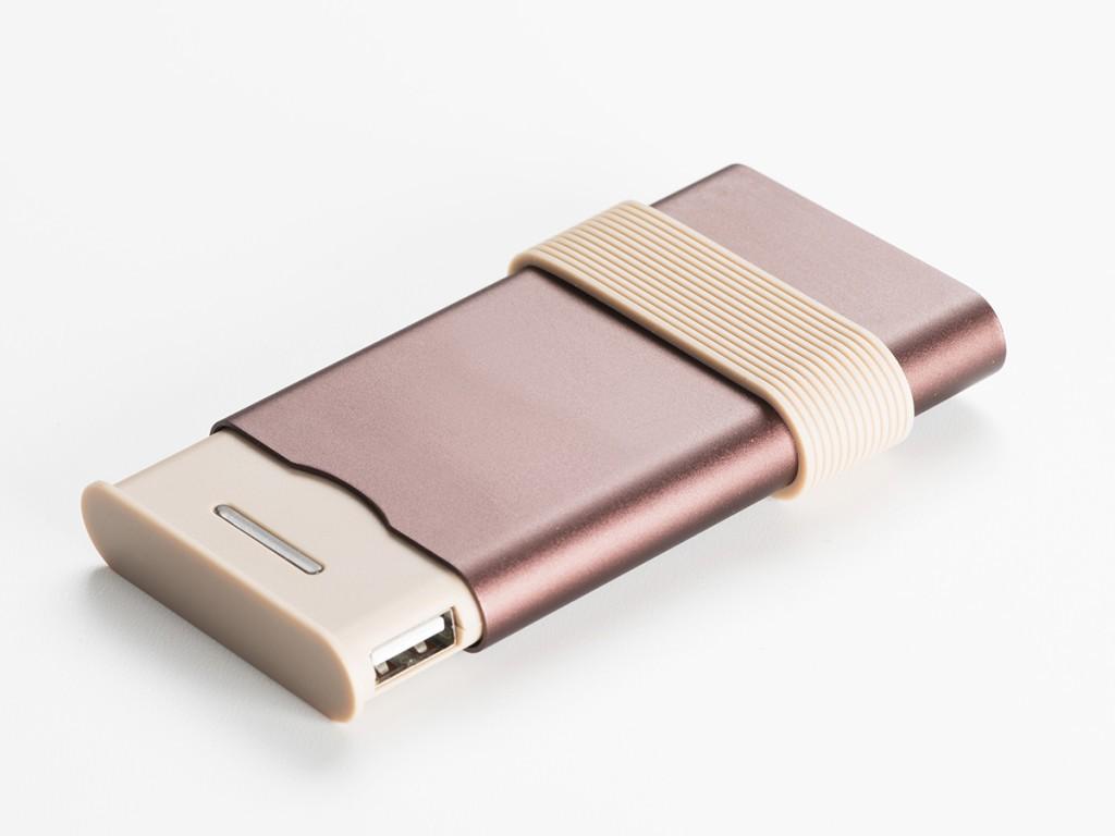 Pualine Deltour gadgets for classy ladies (2)