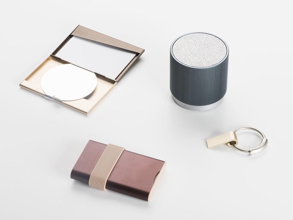 Pualine Deltour gadgets for classy ladies (5)