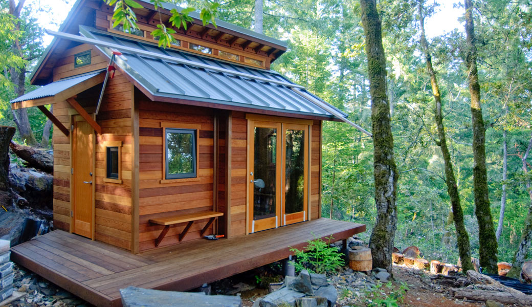 Tiny-Houses-forest