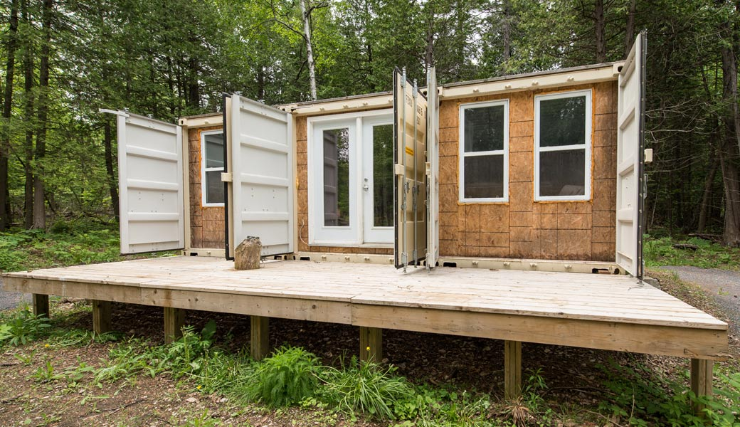 Container home self sufficient (1)
