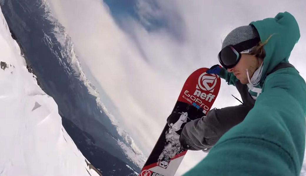 Selfie-Go-Pro-Snowboarding