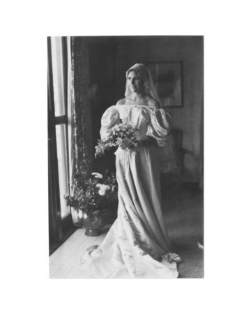 11th generation wedding dress 120 years old (14)