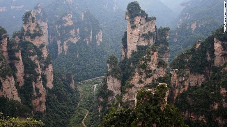 150518182055-zhangjiajie-national-forest-park3-exlarge-169