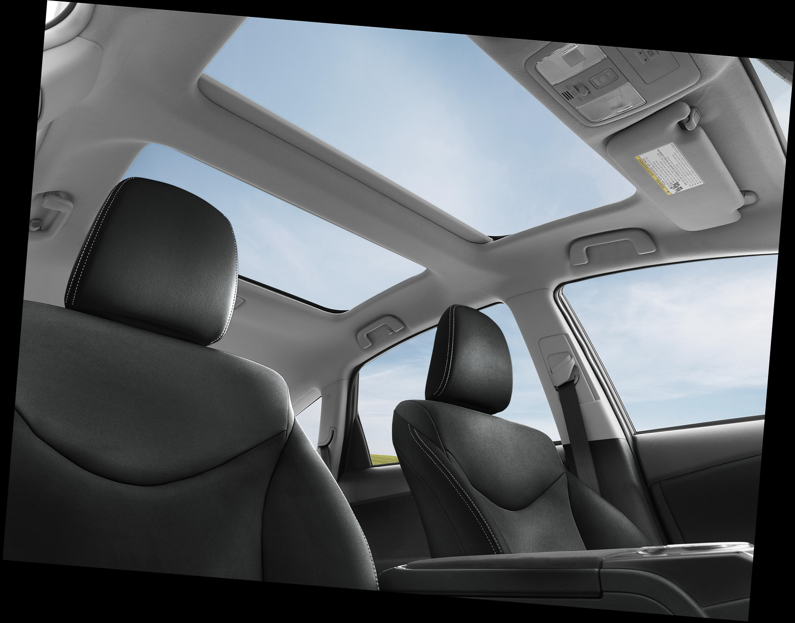 2015-Toyota-Prius-v-13