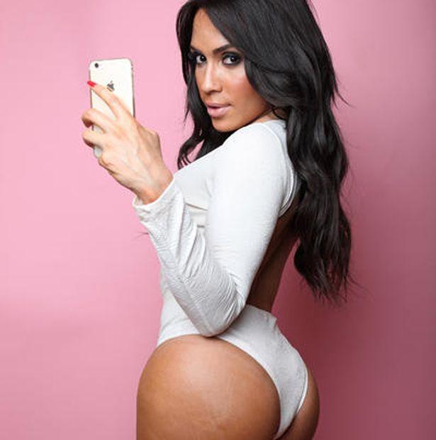 Kim-Kardashian-lookalike-Thalia-Almodovar