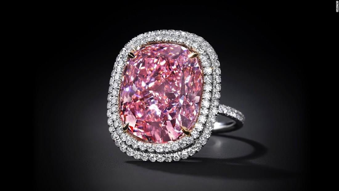 151112151913-joseph-lau-diamond-4-super-169