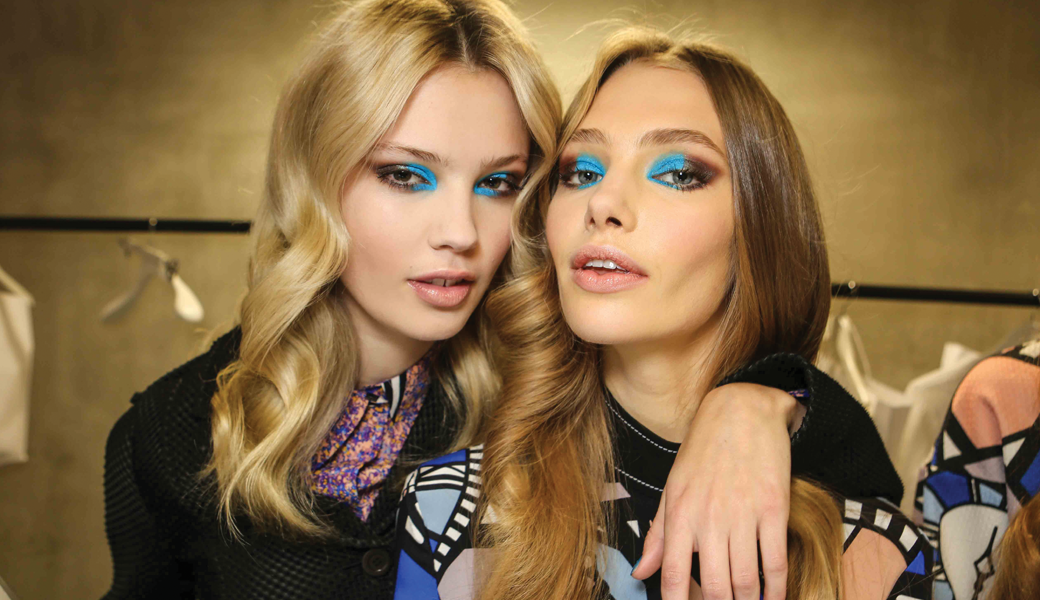 Beauty-Trend-Summer-blue