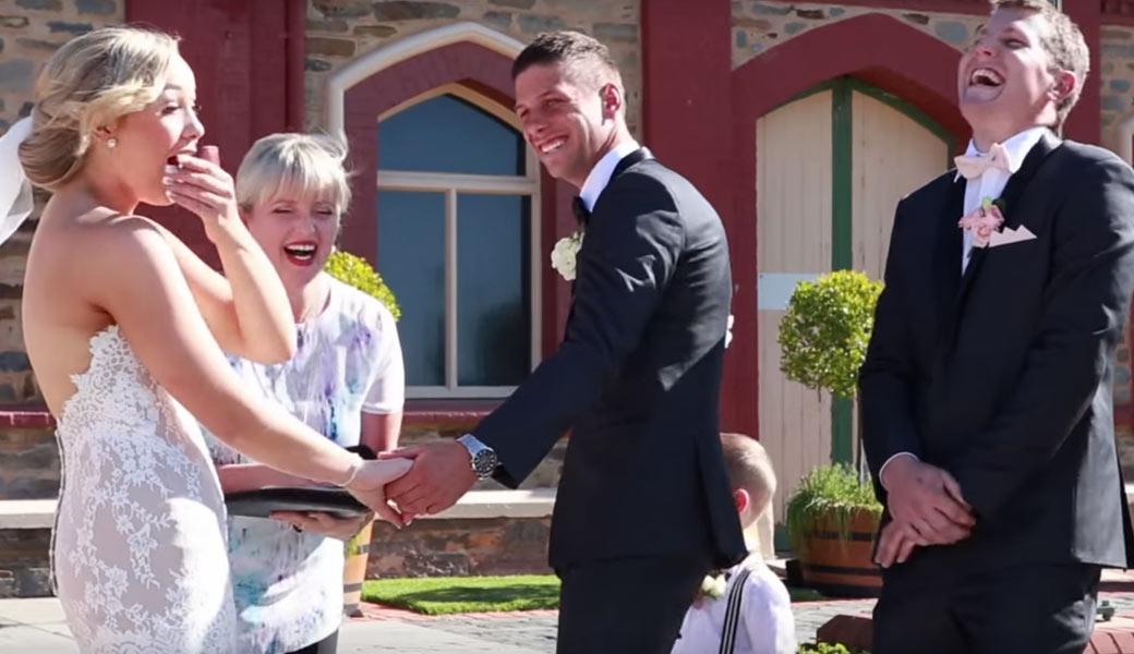 I-need-to-Poo-wedding