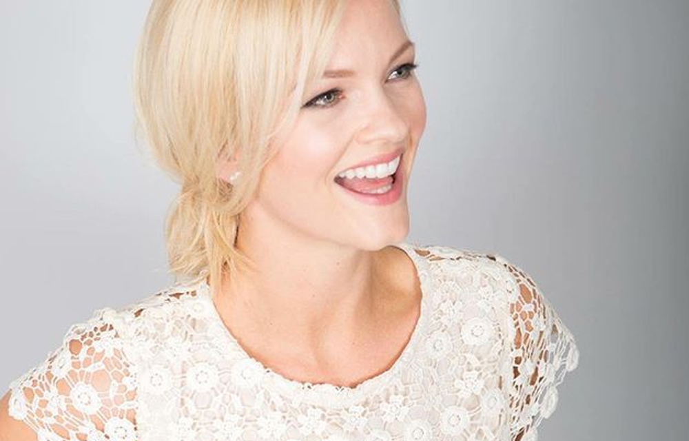 Chrystal-Chenery-Dated-bachelor-m2woman