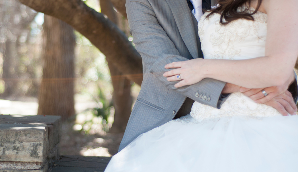 This Is How Much You Should Spend On A Wedding Gift