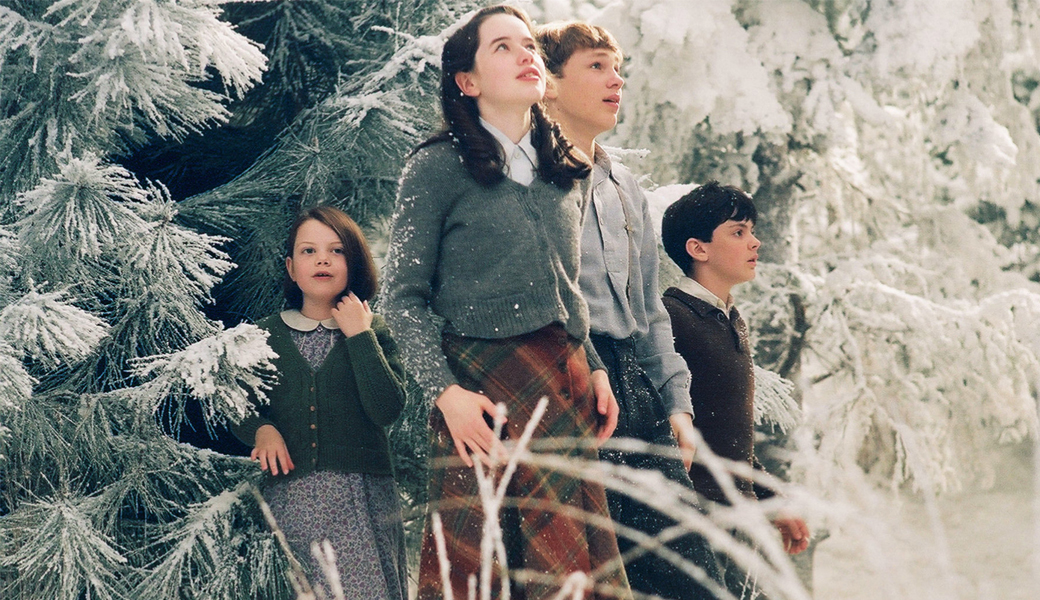 the-boy-from-narnia-got-hot-m2woman