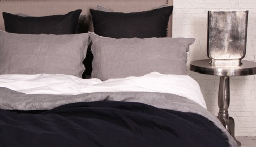 FRENCH-COUNTRY-black-bedding-m2woman