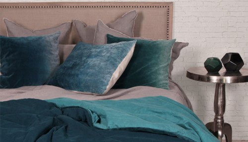 french-country-blue-bedding-2woman