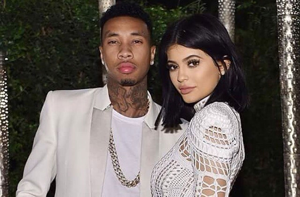 Kylie Jenner Gets a Big Kiss from Tyga at the Airport!