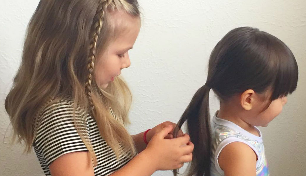 five-year-old-doing-hairstyles-m2woman