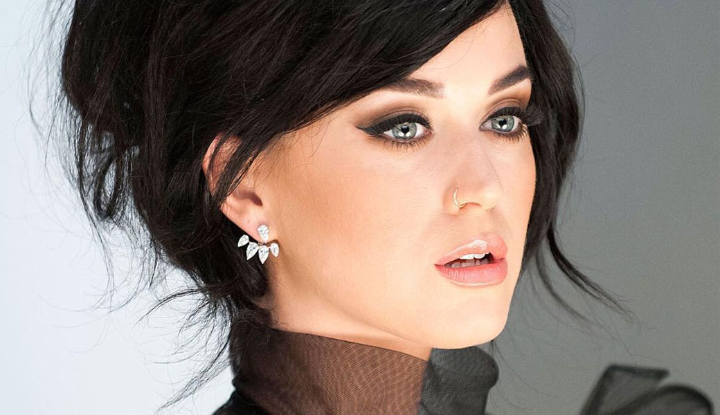 katy-perry-m2woman