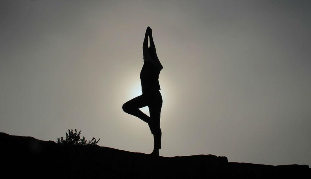 yoga-m2woman