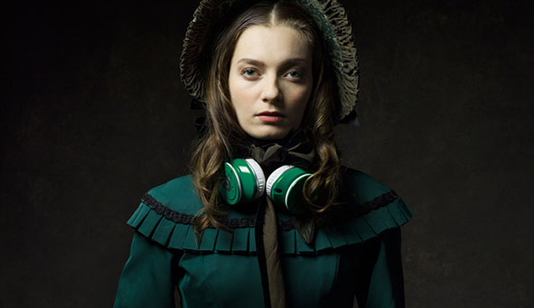21st-century-tech-on-19th-century-girl