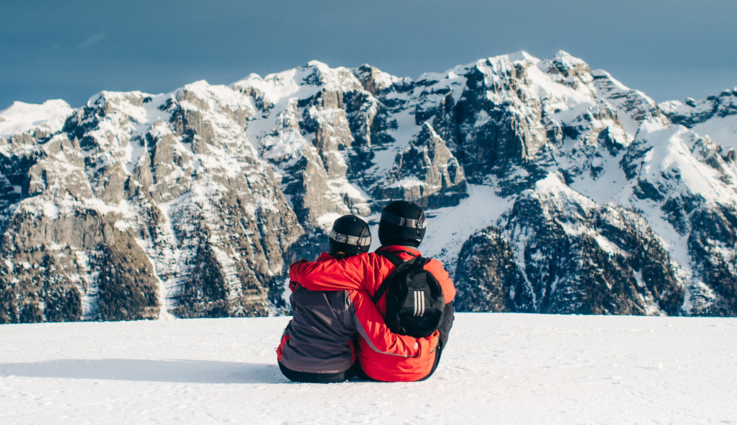 Couple-on-a-mountain