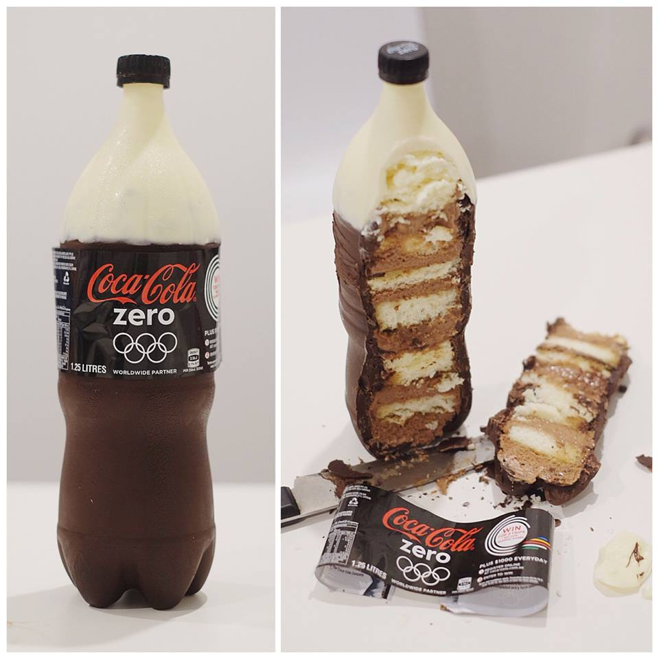 Soda Cakes look like coke but really cake (3)