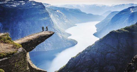 Trolltunga-Cliff,-Norway