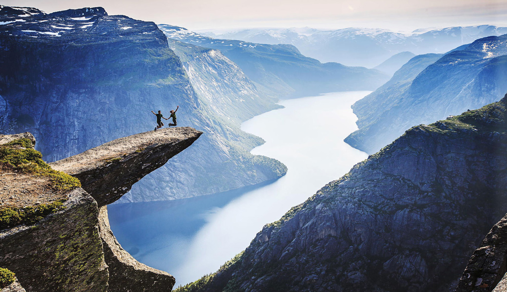 Trolltunga-Cliff,-Norway
