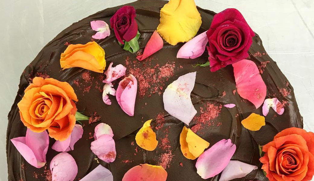 Vegan-chocolate-cake-M2woman