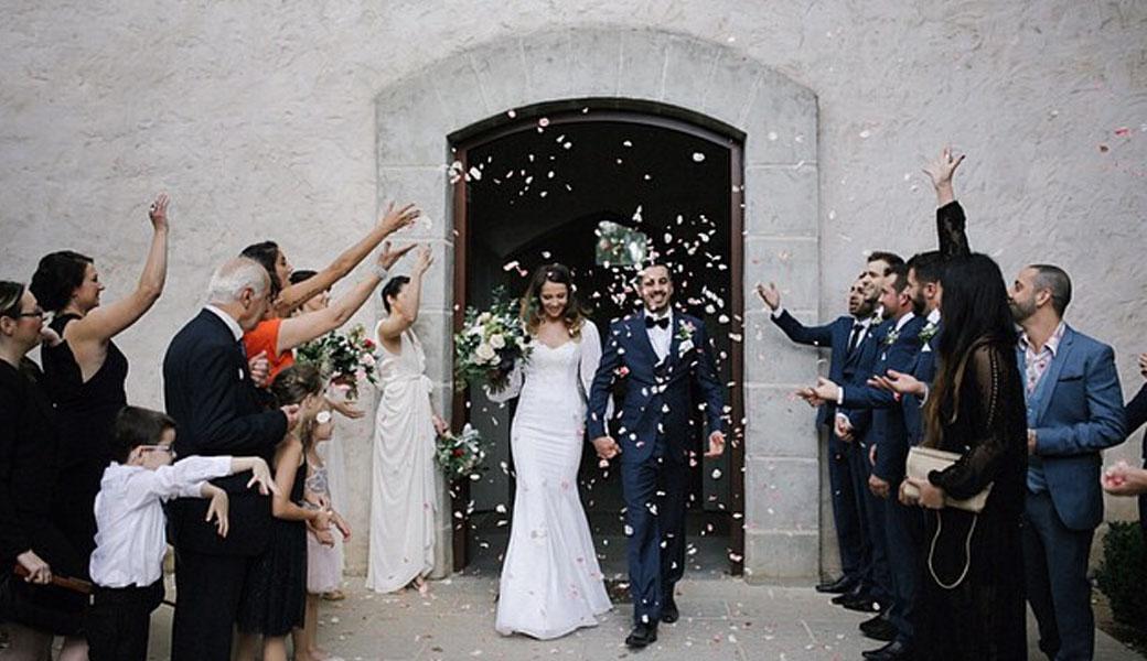 Wedding-regisrty-M2woman