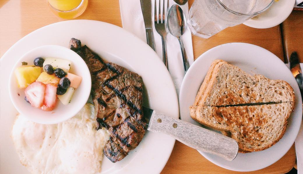 food-plate-toast-restaurant