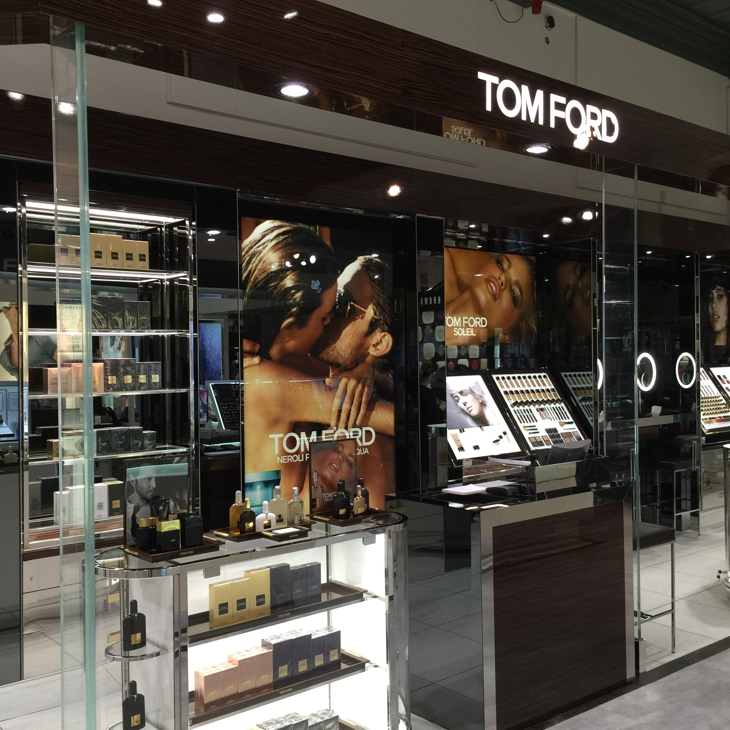 tom-ford-beauty-smith-caugheys-counter