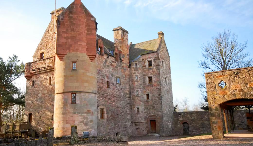 dairsie-castle-airbnb
