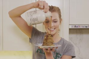 WATCH: Karlie Kloss Makes The Infamous Gluten and Dairy-Free 3-Ingredient Pancake