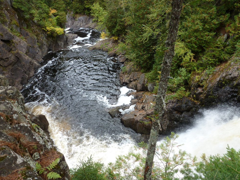route-201-and-moxie-falls-047