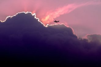 google-flights-m2woman