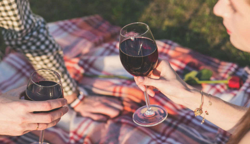 wine-picnic-m2now