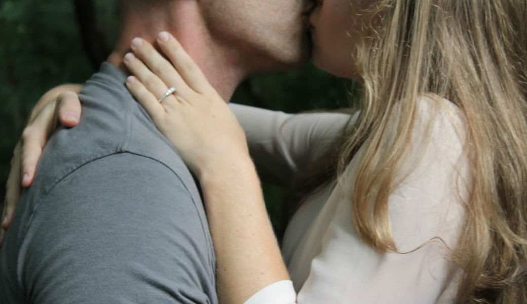 How long should you be dating before engagement