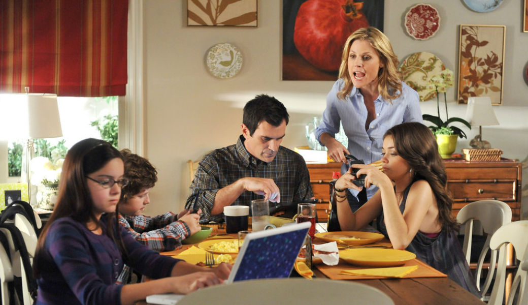 modern-family-rules-m2woman